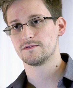 497px-Edward_Snowden-2