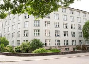 """Schulgebäude Elsa-Brändström-Schule für Sozialwesen und BBS """"Gerd Condé"""""""