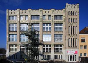 Schulgebäude mediCampus